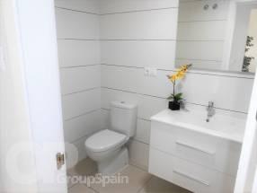 Two Bedroom One Bathroom Apartment (Top Floor) (10)