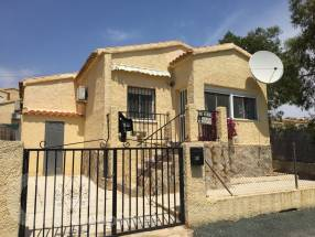 Extended 2 bedroom detached property (0)