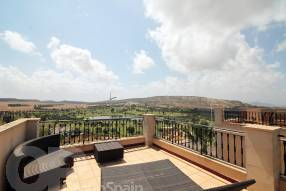 Top Floor Apartment with Stunning Views (18)
