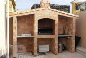 A large 4 bedroom 3 bath with underbuild (19)
