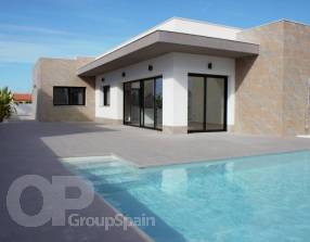 Modern New Build Villa with Pool (13)