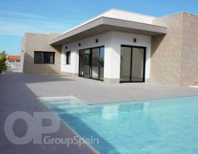 Modern New Build Villa with Pool (4)