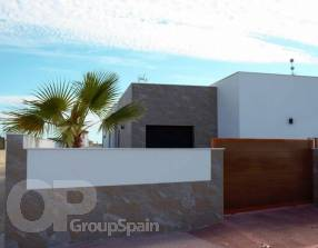 Modern New Build Villa with Pool (10)