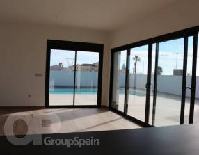 Modern New Build Villa with Pool (1)