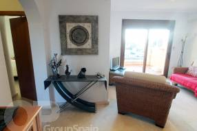 Top Floor Apartment with Great Views (3)