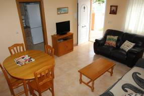 2 bed 2 bath house near the School (3)