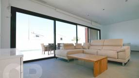 Genova 3 Bed 3 Bath Detached with Private Pool (3)