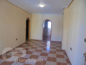 2 Bedroom 1 Bathroom by El Pinet Beach (1)