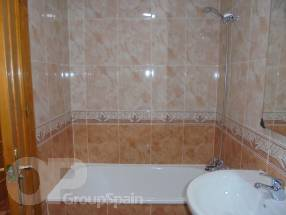 2 Bedroom 1 Bathroom by El Pinet Beach (7)