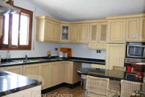 4 Bedroom 2 Bathroom Detached Property  (2)