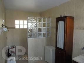 4 Bedroom 2 Bathroom Detached Property  (9)