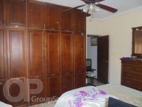 4 Bedroom 2 Bathroom Detached Property  (5)