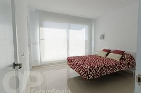 3 Bedroom 3 Bathroom Luxury Villa by the beach (7)