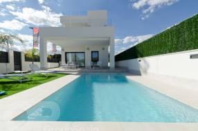 3 Bedroom 3 Bathroom Luxury Villa by the beach (2)