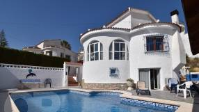 Detached Villa with Private Pool (0)