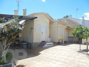 3 bedroom 1 bathroom detached  (12)