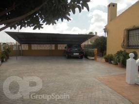 3 Bedroom Detached Property with private pool (15)