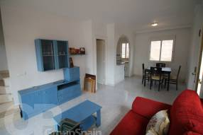 Two Bedroom Townhouse with Garage (4)
