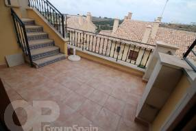 Top Floor Apartment with Golf Course Views (9)