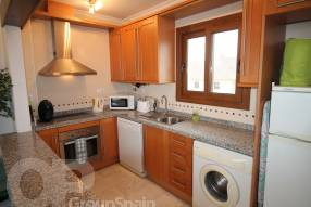 Top Floor Apartment with Golf Course Views (6)
