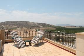 Top Floor Apartment with Golf Course Views (11)