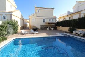 5 Bedroom 4 Bathroom Villa with Private Swimming Pool (0)