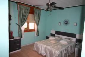 5 Bedroom 2 Bathroom Detached Villa (11)