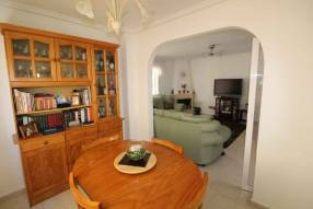 5 Bedroom 3 Bathroom Detached Villa (7)