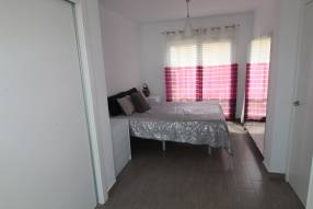 Modern 2 bedroom 2 bathroom house with private pool (8)