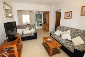 Beautiful and sunny family townhouse with 2 bedrooms and 2 bathrooms (3)