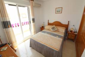 Beautiful and sunny family townhouse with 2 bedrooms and 2 bathrooms (9)