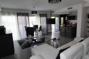 A wonderful modern Villa (4)