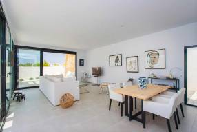Modern luxury villa with heated pool (3)