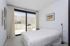 Modern luxury villa with heated pool (7)