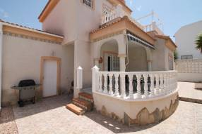 Link Detached Villa with Garage (13)