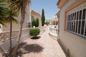 Link Detached Villa with Garage (18)