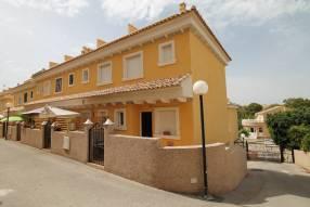 Corner Townhouse with Solarium (12)