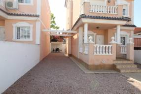 A Well Presented House In Puerto Marino, Gran Alacant (3)