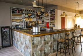 Bar/Cafe ready to handover to new owners (1)