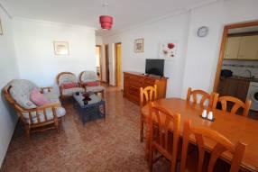 A 3 bedroom 1 bathroom apartment  (7)