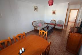A 3 bedroom 1 bathroom apartment  (8)