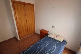 A 3 bedroom 1 bathroom apartment  (13)