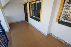 A 3 bedroom 1 bathroom apartment  (5)