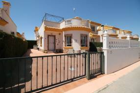 Beautiful detached villa on one level (1)