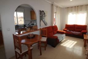Attractive Corner Apartment (3)