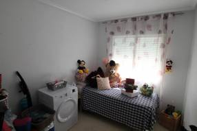 Attractive Corner Apartment (2)