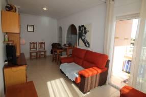 Attractive Corner Apartment (5)