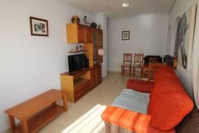 Attractive Corner Apartment (4)