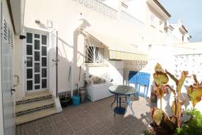 Beautiful Three Bedroom Townhouse (11)
