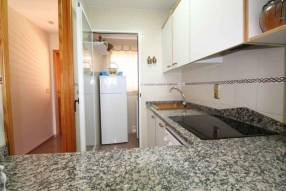 Apartment in Los Arenales del Sol (12)